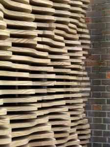 london-flower-kiosk-with-a-wavy-timber-exterior-by-buchanan-partnership_dezeen_14
